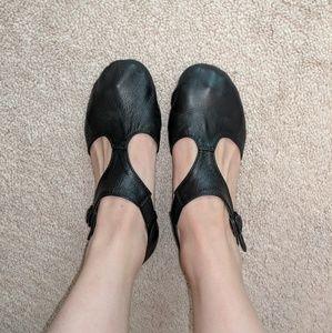 Revolution Cutout Black Jazz Shoes